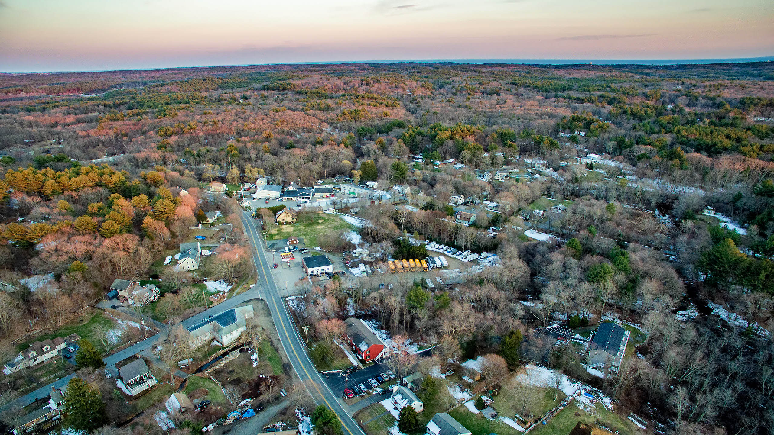 Western Ave Essex From 400'